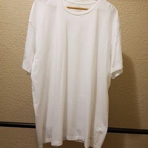 Calvin Klein White T-shirt Size: 2XL